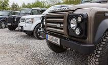 Zur Schmutzparade aufgestellt: die Land Rover Familie / Bild: (c) Alexander Seger