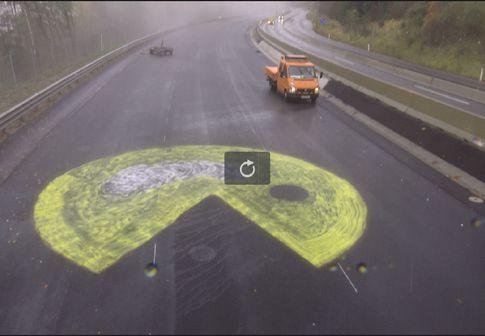 """""""Pac Man"""" auf Südautobahn /"""