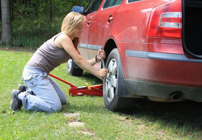 Reifen selbst wechseln / Bild: shutterstock